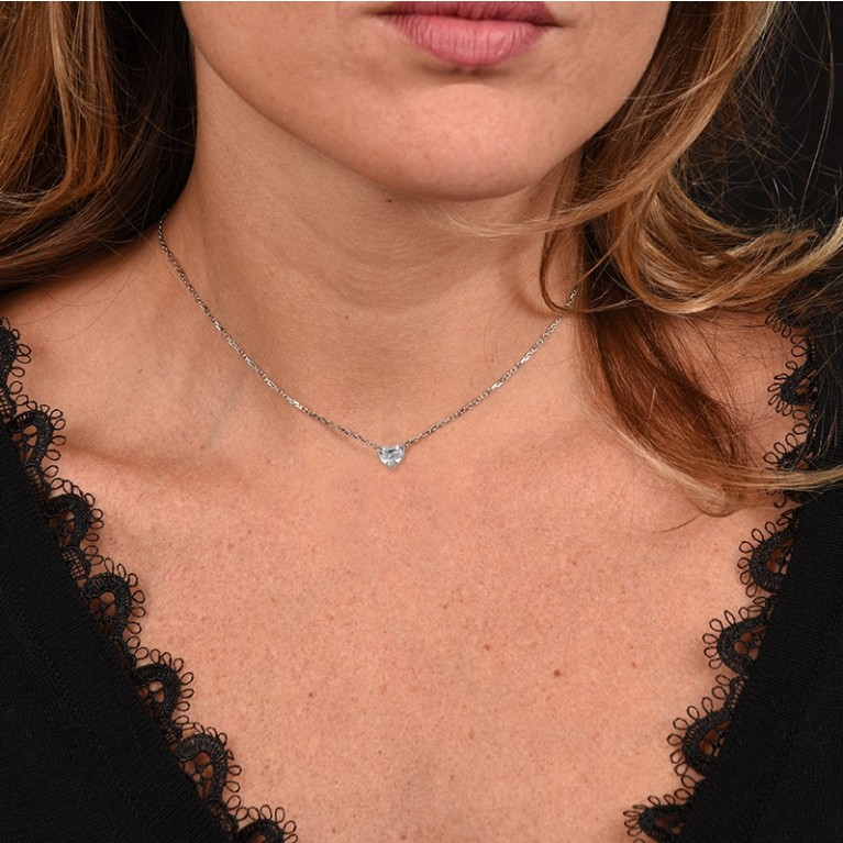 COLLIER COEUR 72